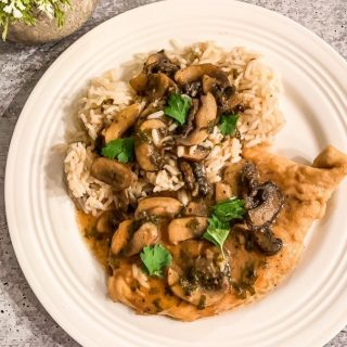 https://thefinisheddish.com/2020/02/12/chicken-marsala/ Chicken Marsala.